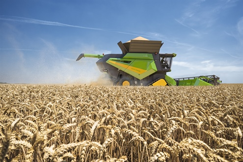 Technology galore on new John Deere S700 combines